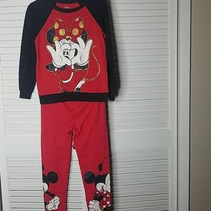 Matching minnie mouse set